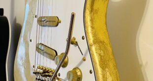 stratocaster gold leaf